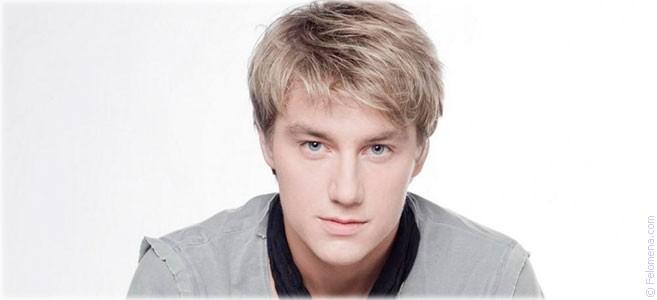 Сегодня родился певец Алексей Воробьев