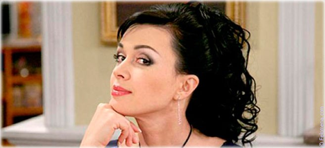 Сегодня родилась актриса Анастасия Заворотнюк