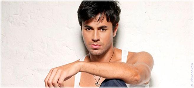Сегодня родился певец Энрике Иглесиас