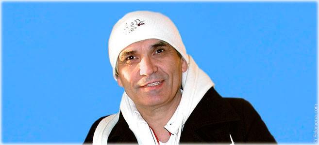 Сегодня родился музыкант Бари Алибасов