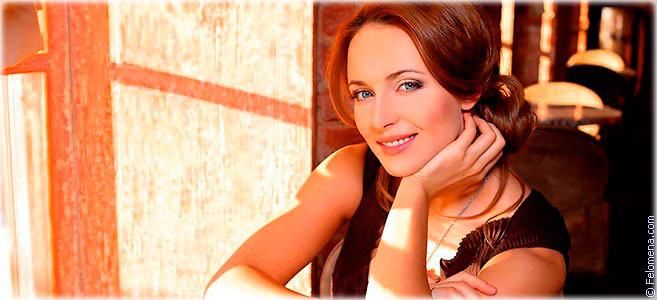 Сегодня родилась актриса Анна Снаткина