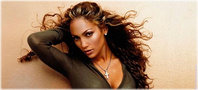 Сегодня родилась певица Дженифер Лопес