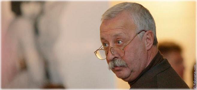 Сегодня родился телеведущий и актер Леонид Якубович