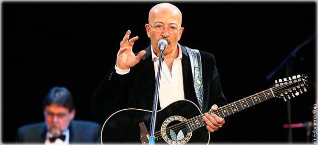 Сегодня родился певец Александр Розенбаум