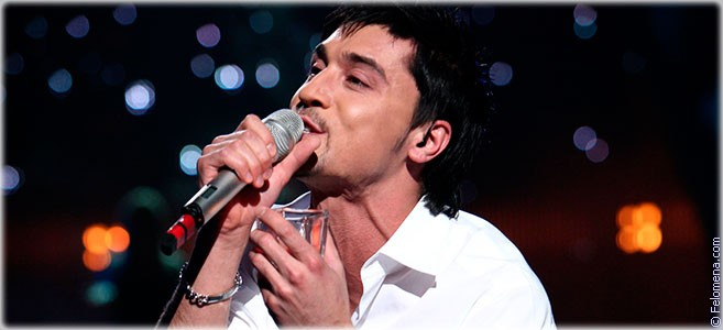 Сегодня родился певец Дима Билан