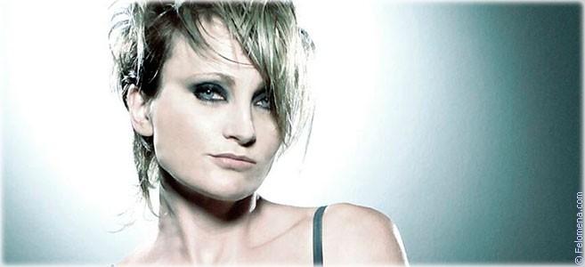 Сегодня родилась певица Патрисия Каас