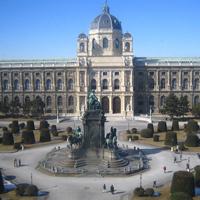 С чем у современного человека ассоциируется музей и его экспонаты