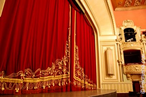 Сонник Опера