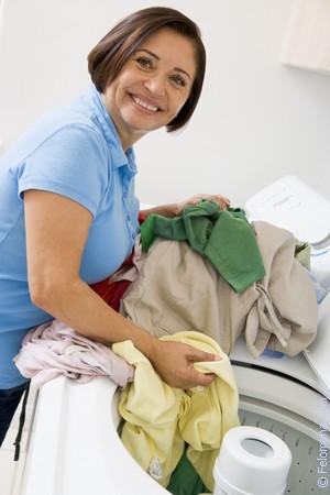 Жена сняла трусики и дала стирать их мужу